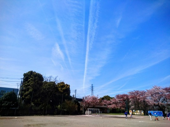 北原小学校の空.JPG